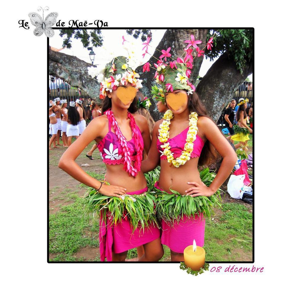 De belles danseuses rencontrées à la mairie de Pirae ! Et des coiffes de fleurs au top ! Merci les filles.