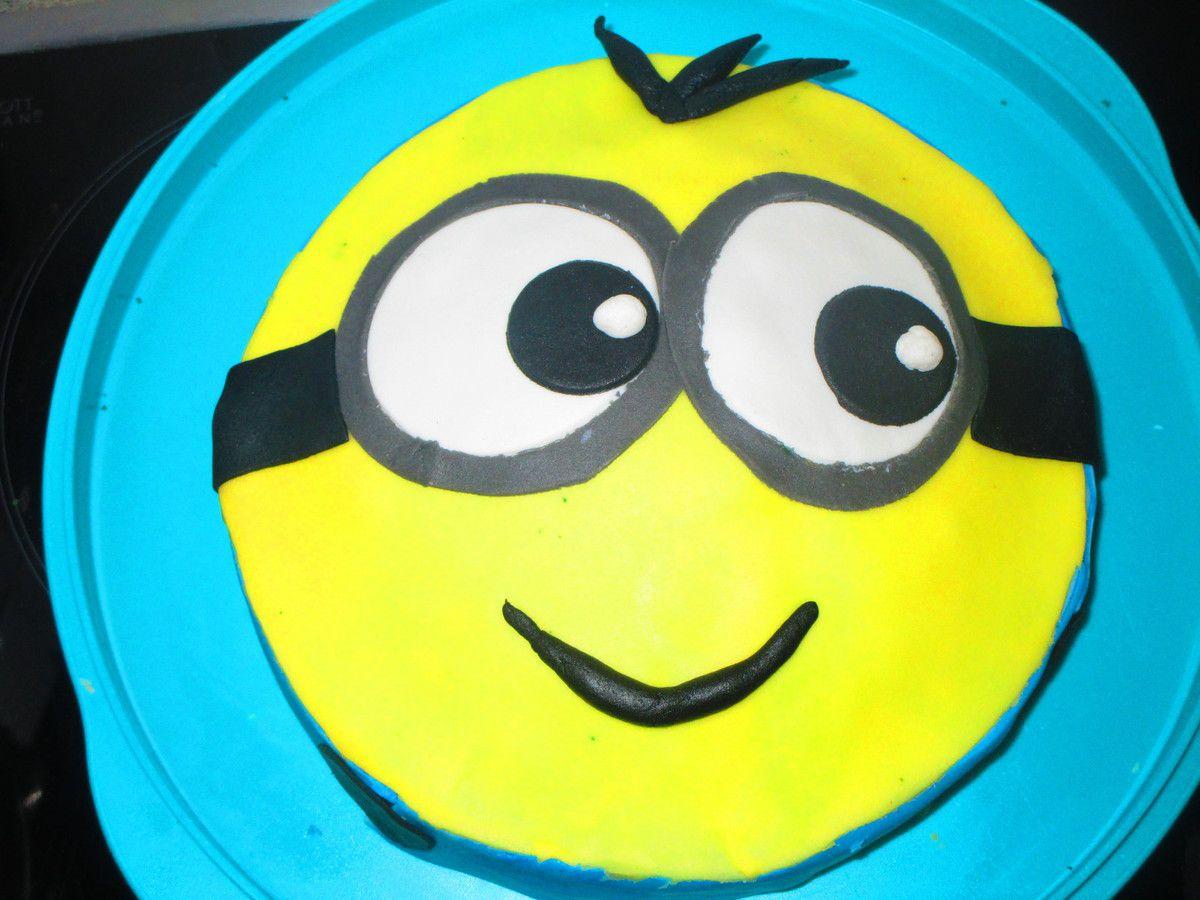 Cake Design &quot&#x3B;Minion&quot&#x3B; Vanille chocolat framboise