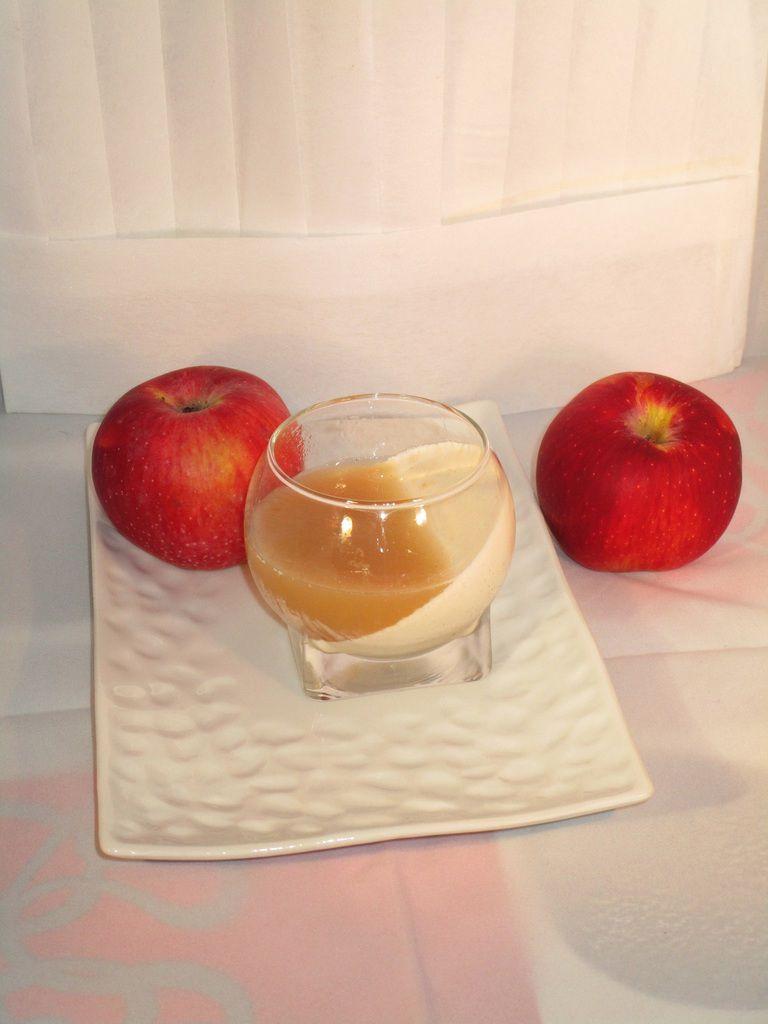 Panna cotta vanille et gelée de pomme