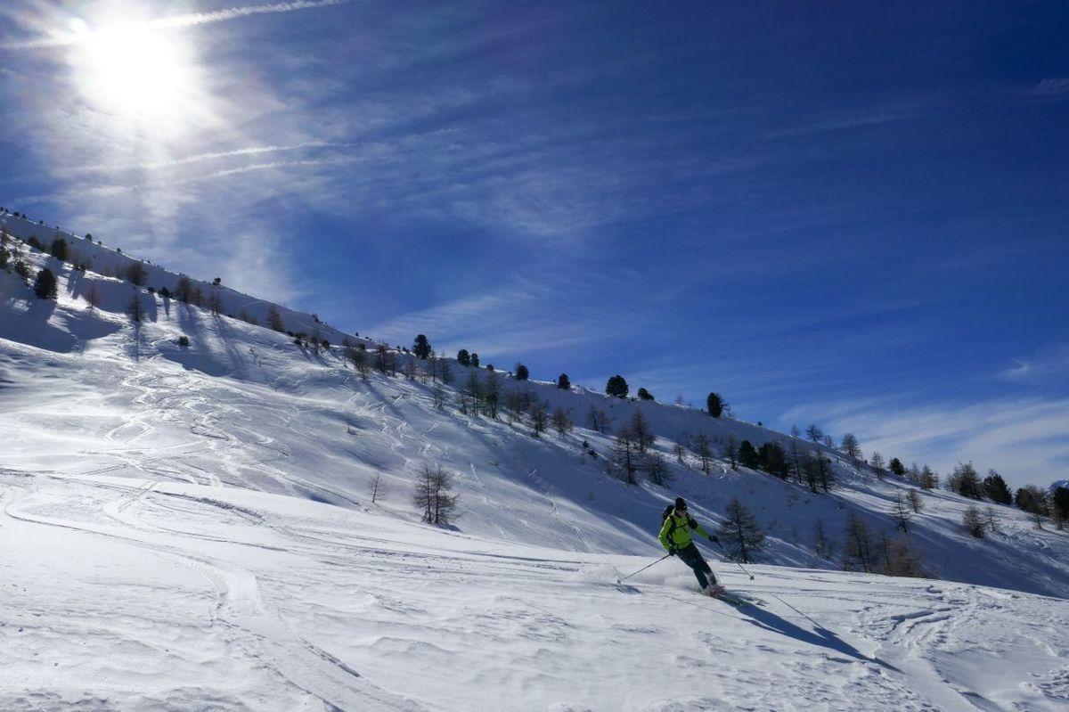 Raid à ski entre Sestriere - fond de Cervieres - Le Roux - Troncea
