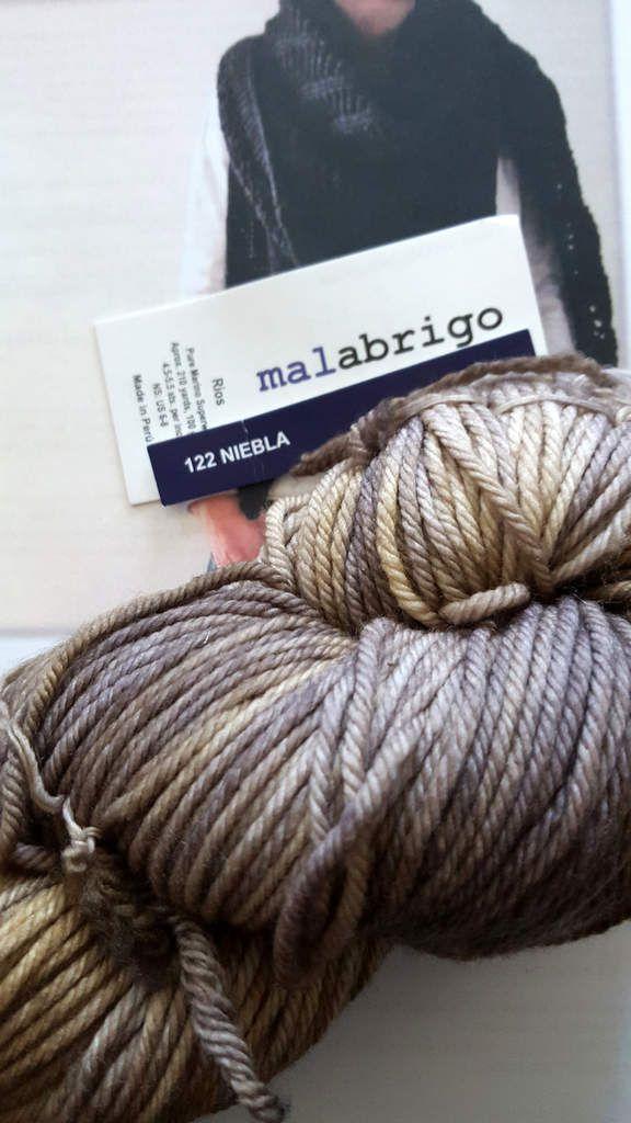 Châle Paris toujours, patron Isabell Kraemer : laine Malabrigo Rios coloris Niebla