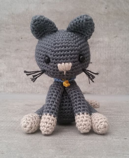Amigurumi Kitty the cat