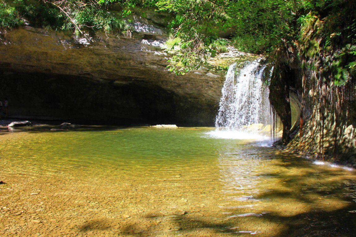 La cascade du Gour Bleu est un petit coin de paradis...