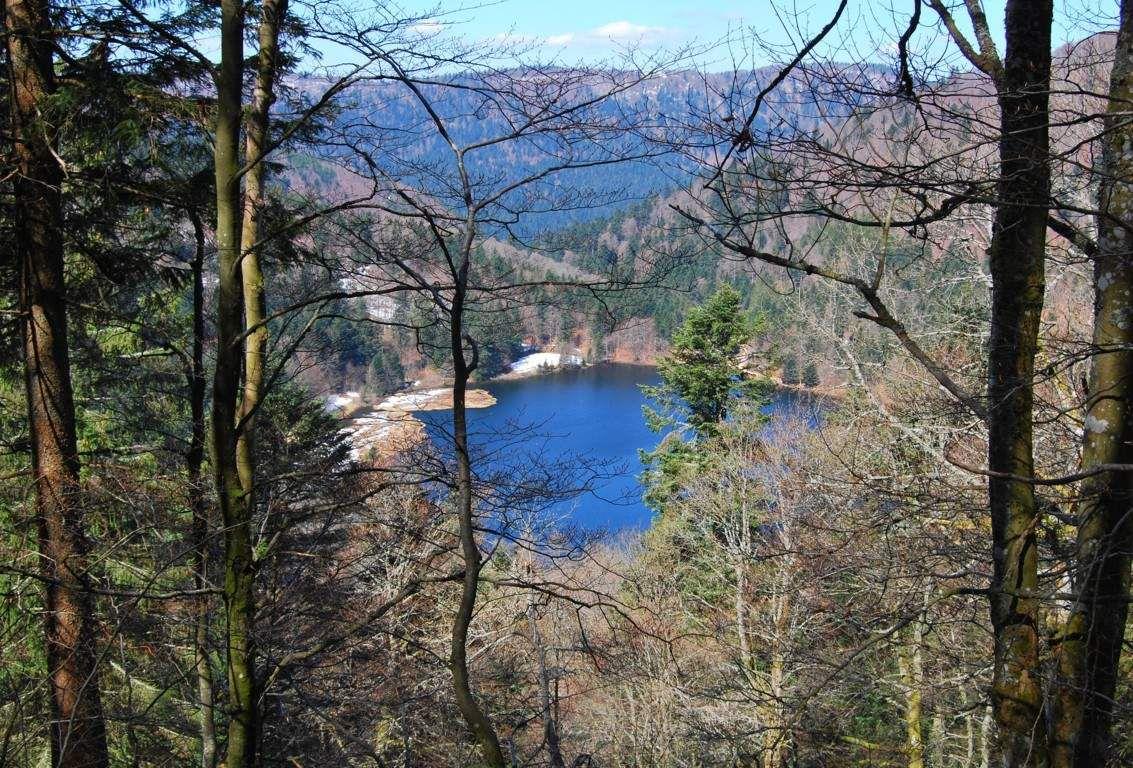 Blotti entre les monts, le lac de Blanchemer.