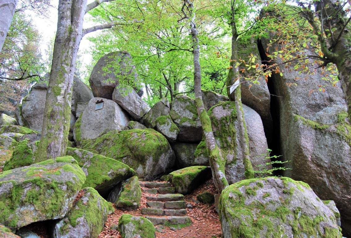 Les Fuchsschroffen, un amas de roches où les renards cachaient les volailles chapardées au village !