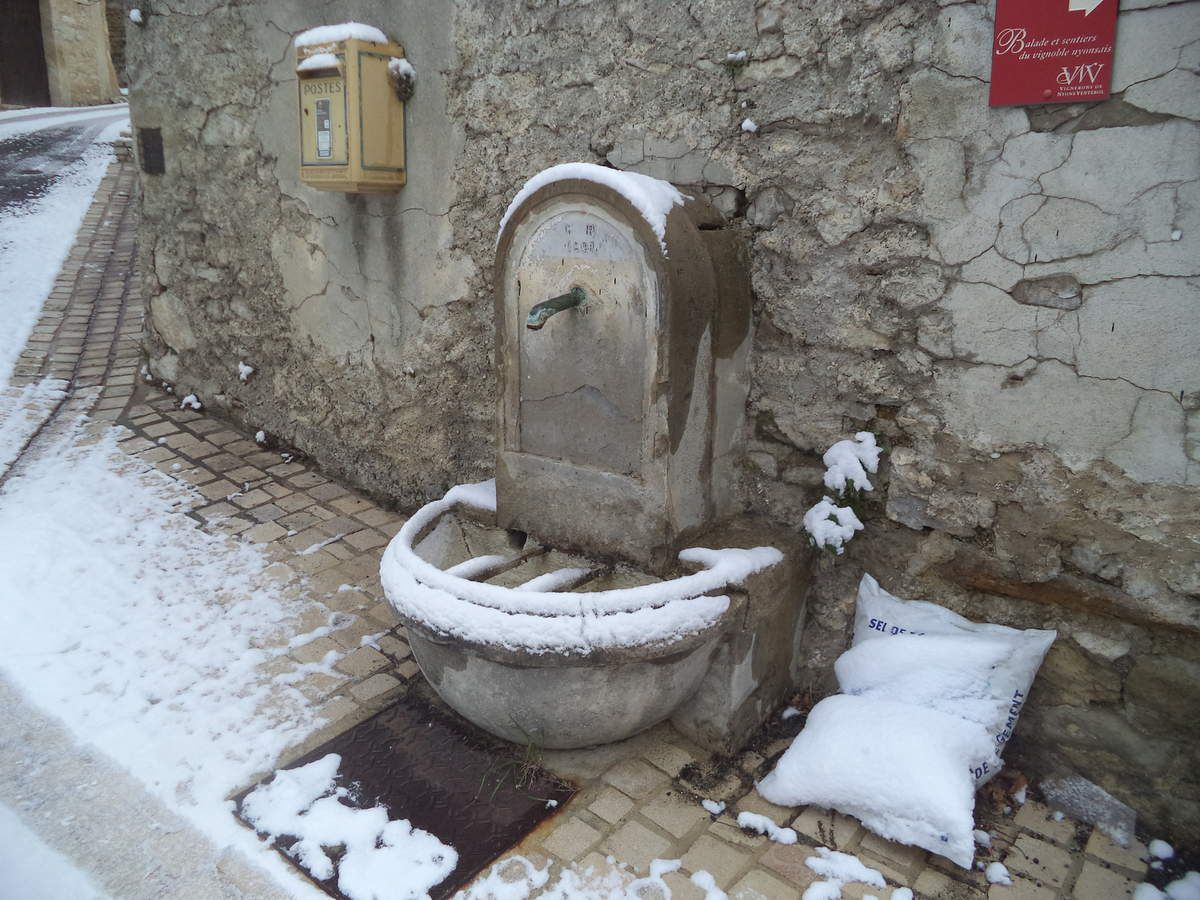 fontaine à Novézan