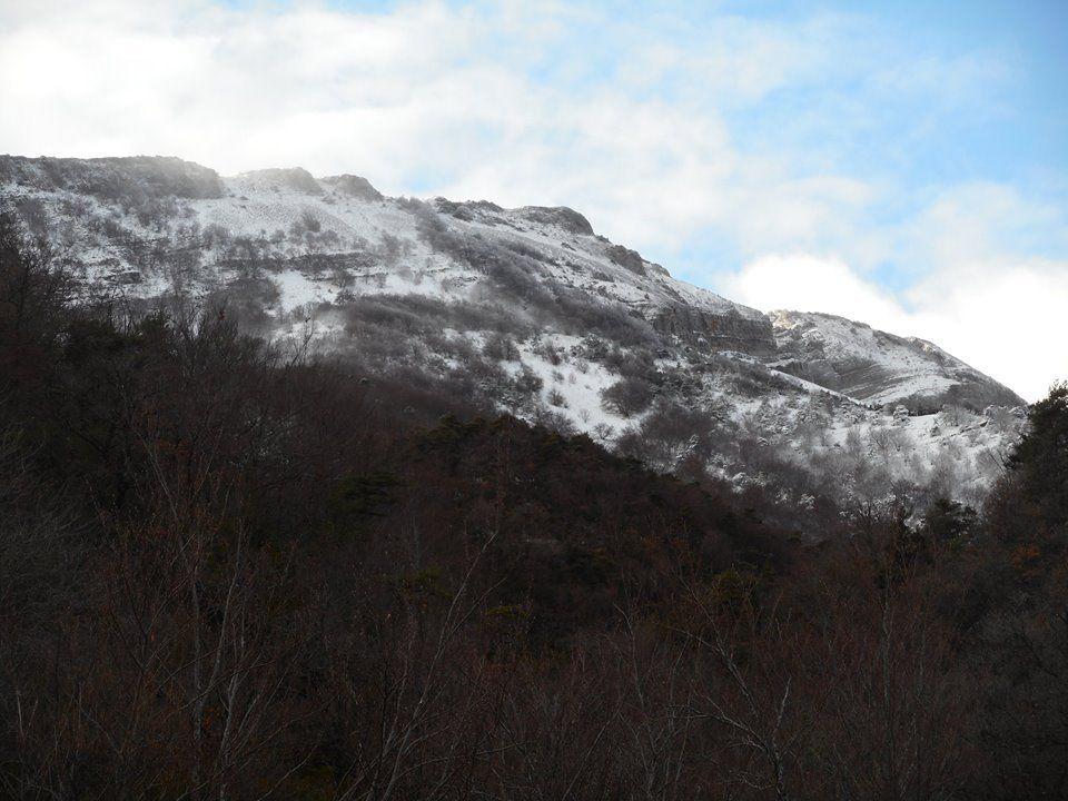 la facade nord de la Lance sous 20cm de neige