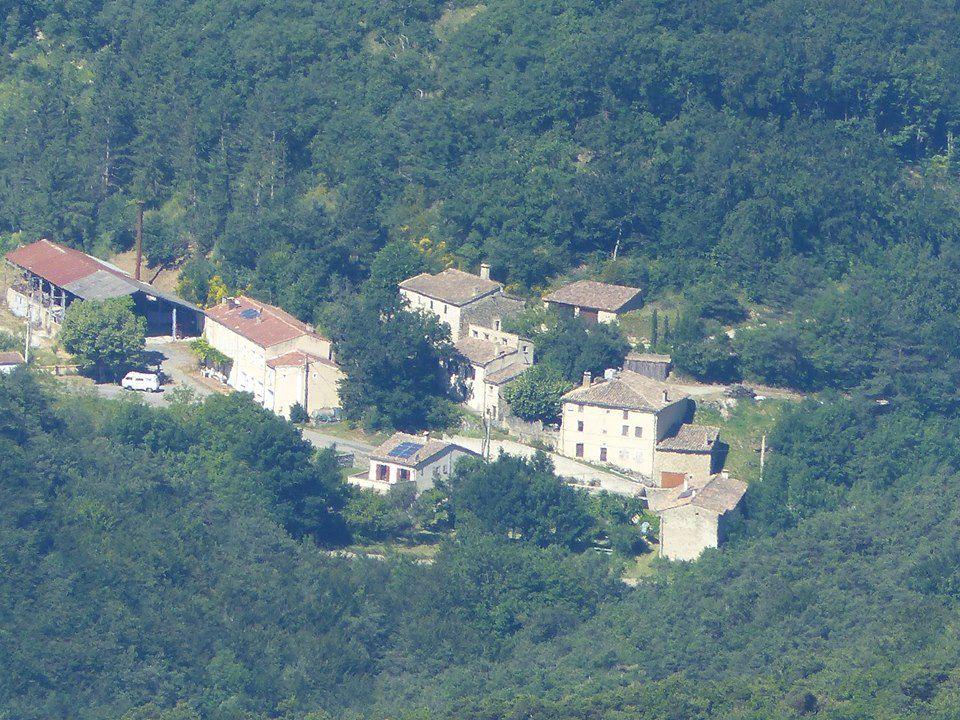mon hameau vue d'en haut !