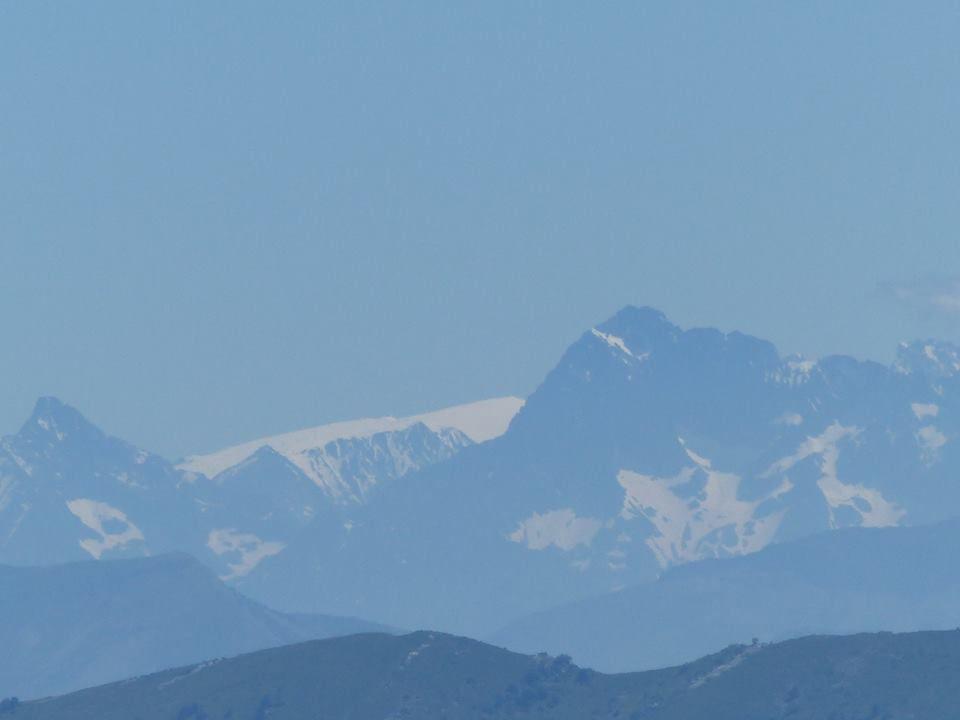 qu'elle est cette grande bande de neige au centre ? Valgaudemar, champsaur ou autres ???