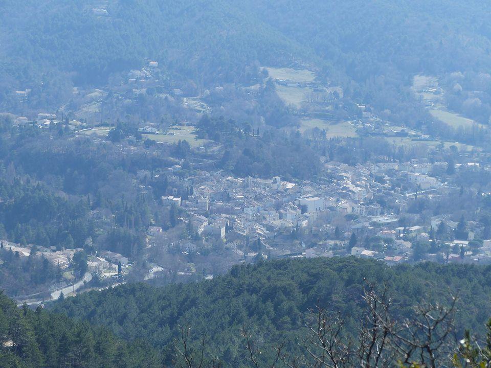 belle vue sur le village de Dieulefit