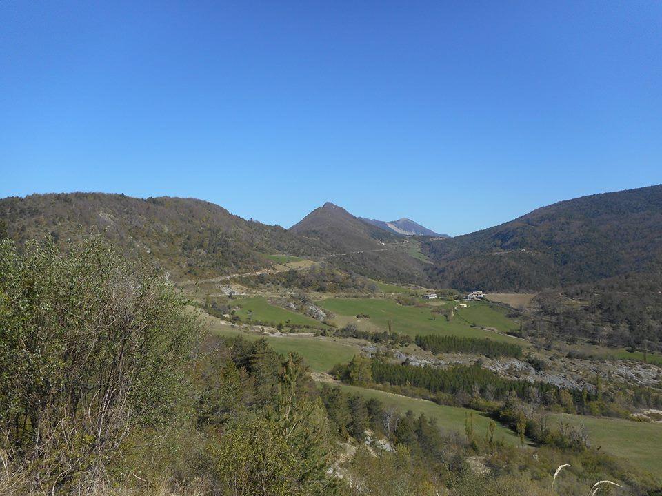 panorama sur le col de Muse et le bout de la crete de Couspeau