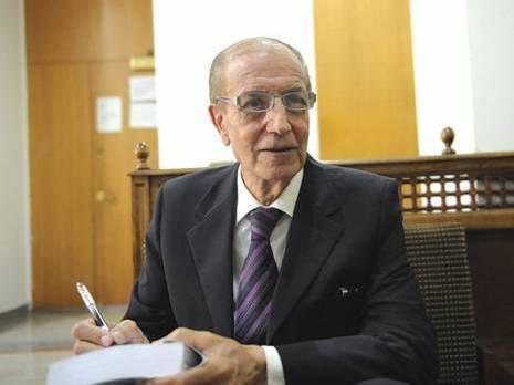 Abdelhak Bérerhi. Ancien ministre et auteur.