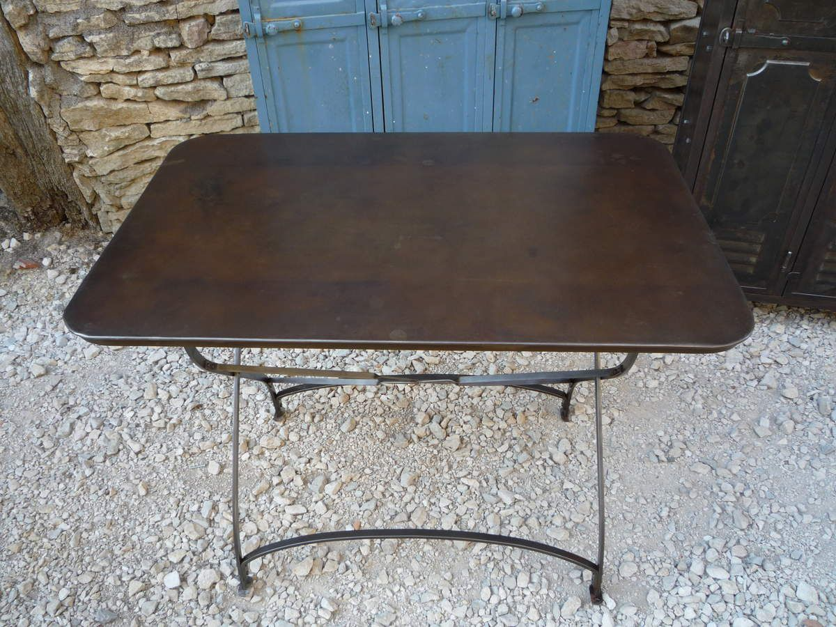 TABLE BISTROT TERRASSE RIVETEE PLIANTE 110 VERS 1930