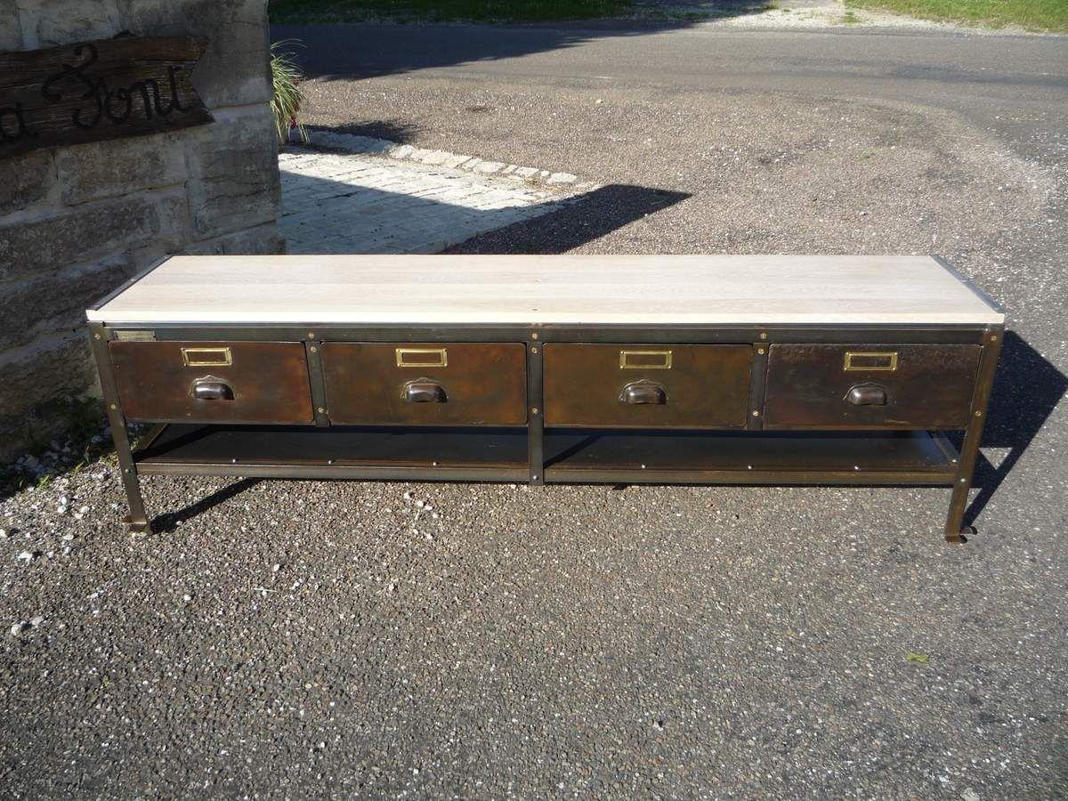 Meuble tv metier 4 tiroirs metal 39 antique 39 plateau ch ne for Meuble tv blanc plateau bois