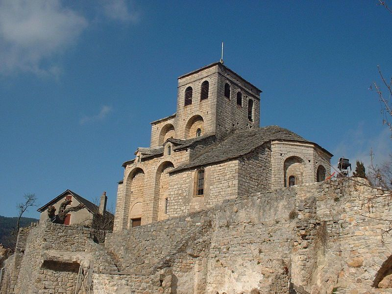 Eglise Saint-Sauveur de Liaucous, à MOSTUEJOULS (Aveyron)
