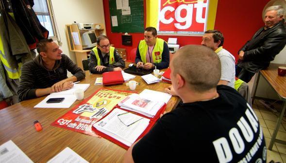 Ce mercredi, Carlos Ghosn rencontre les organisations syndicales du site durant trente minutes. Une entrevue express que la CGT prépare depuis plusieurs jours. PHOTO JOHAN BEN AZZOUZ