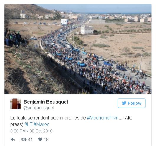 La foule se rend aux funérailles de Mouhcine Fikri