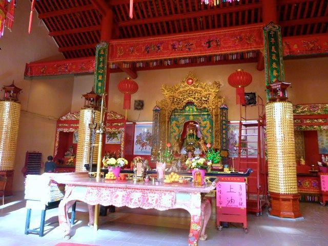 Kuala Lumpur - temples bouddhistes et anglican