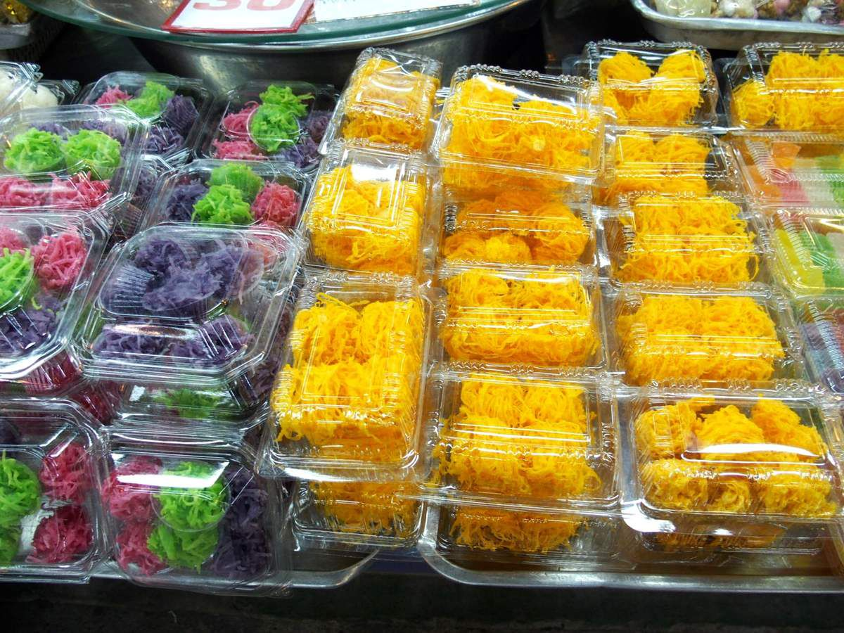 San Pakoy market - Chiang Mai