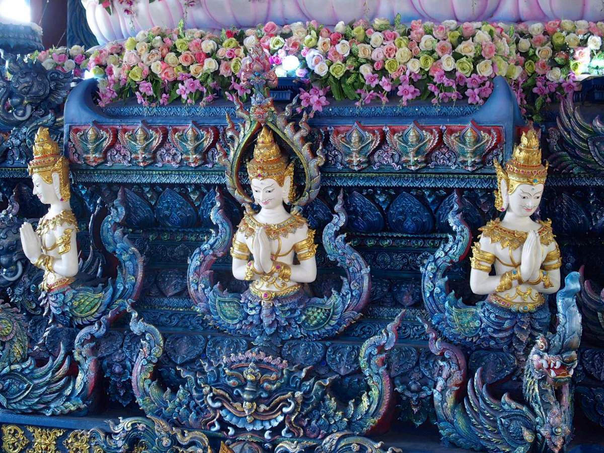 Chiang Rai - Temple bleu (Wat Rong Sear Tean)