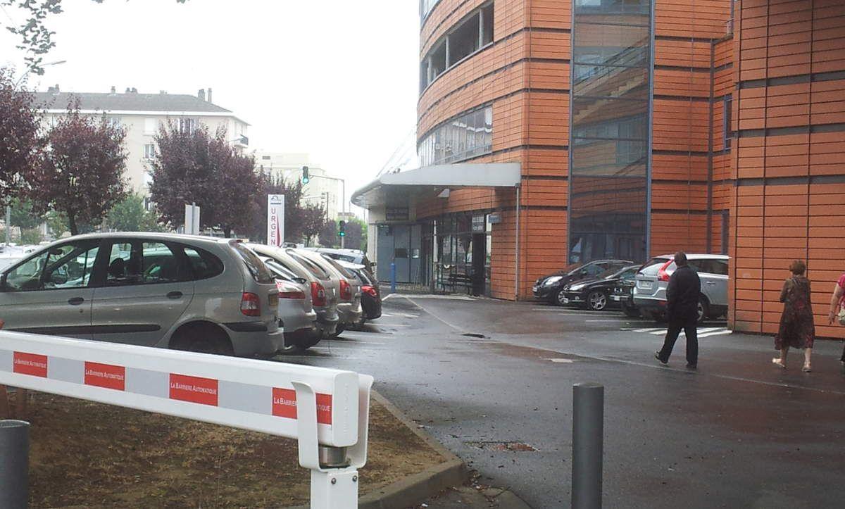 Stationnement à proximité de l'hôpital: le collectif continue!