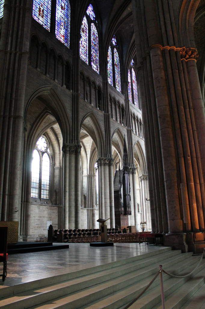 Reims, cité des sacres...