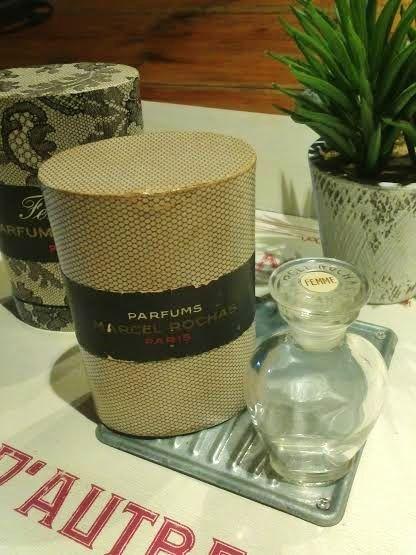 Femme de Marcel Rochas 15 ml coffret nid d'abeille