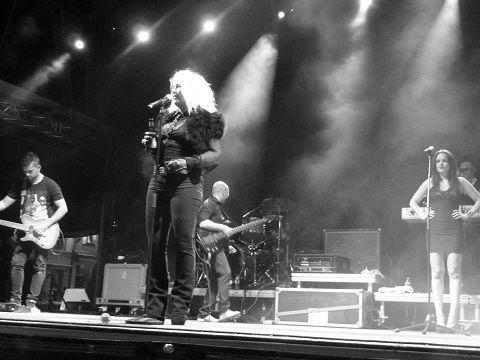 Découvrez Kim Wilde live en Belgique avec les photos de Lionel