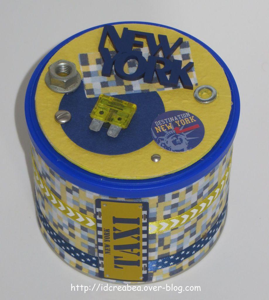 Boîte New York scrappée.