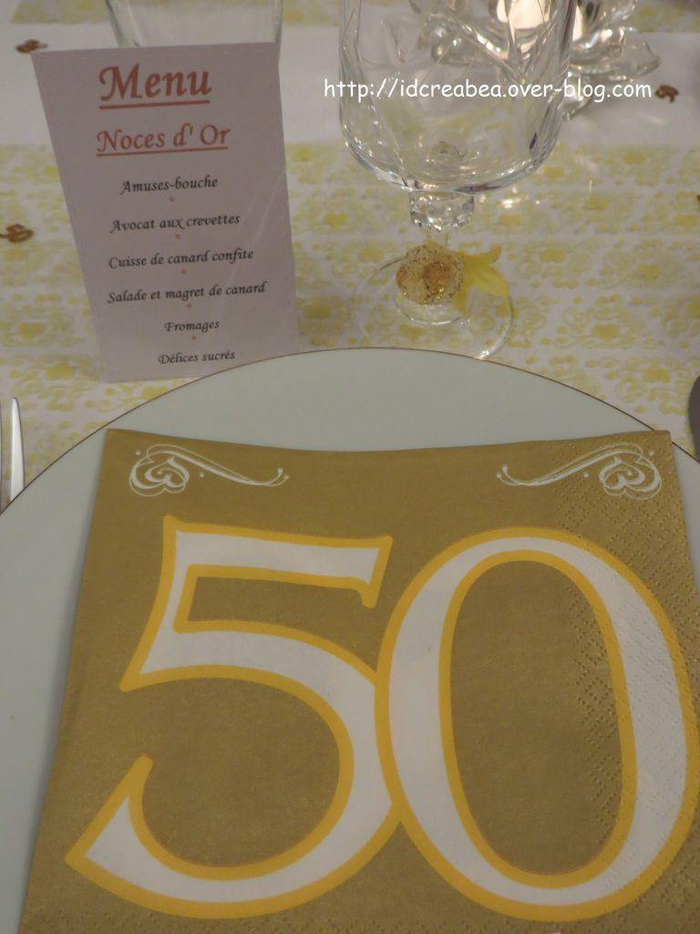 Table Noces d'Or &quot&#x3B;Coeur et Arabesque&quot&#x3B;.