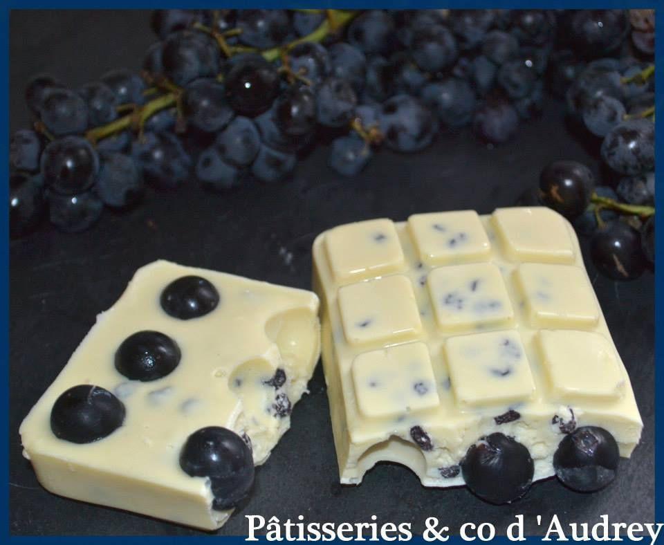 Tablette chocolat blanc /raisins