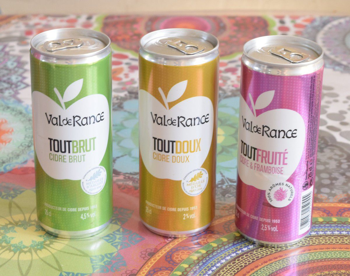 3 canettes de cidre VAL DE FRANCE ,3 saveurs brut ,doux ,à la framboise ,100% Naturel ,faiblement alcoolisé et peu calorique
