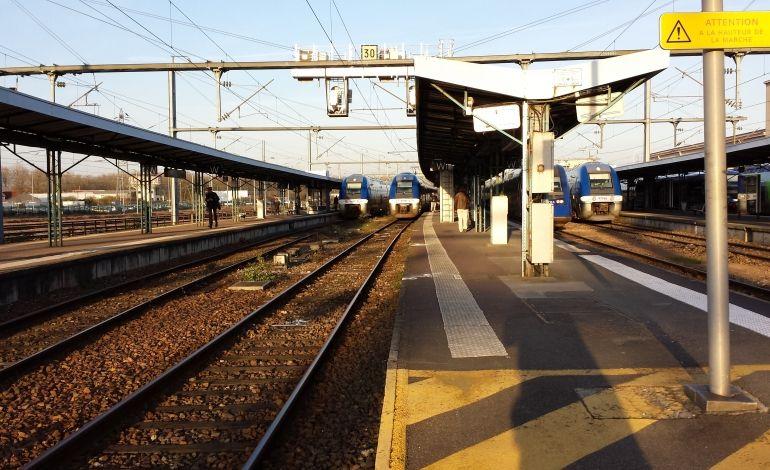 """SNCF: la commission présidée par le député """"socialiste"""" Duron veut porter un coup mortel au service public du chemin de fer !"""