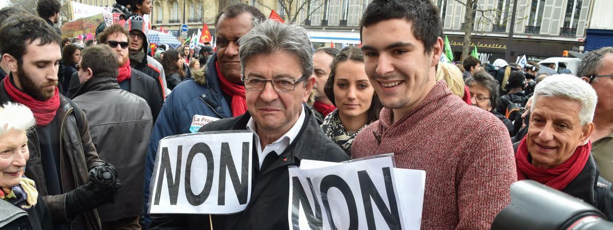 Le candidat à la présidentielle, Jean-Luc Mélenchon, le 9 avril 2016 lors d'une manifestation contre la loi Travail. (LIONEL URMAN / SIPA)