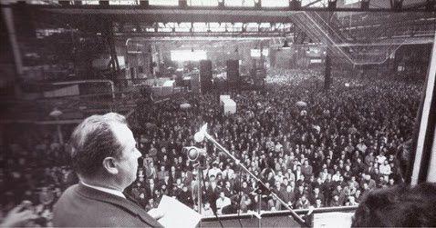 Georges Séguy s'adresse aux ouvriers de Renault-Billancourt en 1968