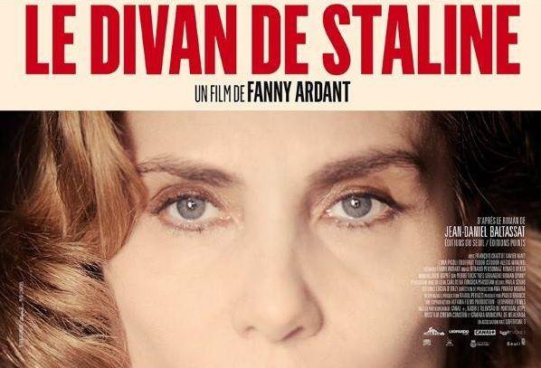 L'actrice et réalisatrice Fanny ARDANT DÉNONCE la PROPAGANDE ANTI-RUSSE des MÉDIAS [vidéo]