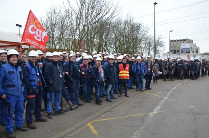 GRAVELINES (Nord) : grève des « clochards du nucléaire »