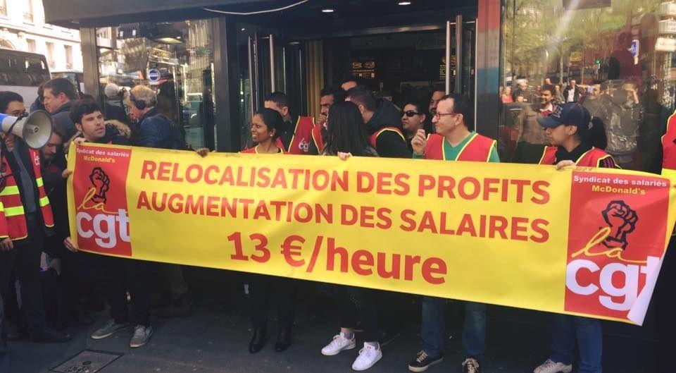 Jean-Luc MÉLENCHON soutient les grévistes de Mac Do en lutte pour de meilleurs SALAIRES.