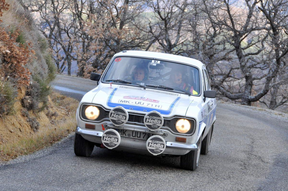 Steffi Edelhoff(D)/Birgit Binder(D) Ford Escort RS 2000 Mk I 1973  .... Photo : Rémi Saumont