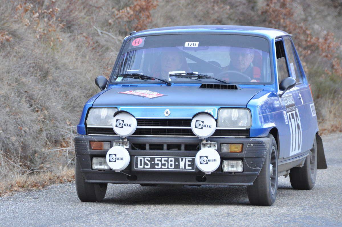 Jean-Pierre Verneuil(F)/Albane Rollin(F) Renault 5 Alpine 1977  (118ième)