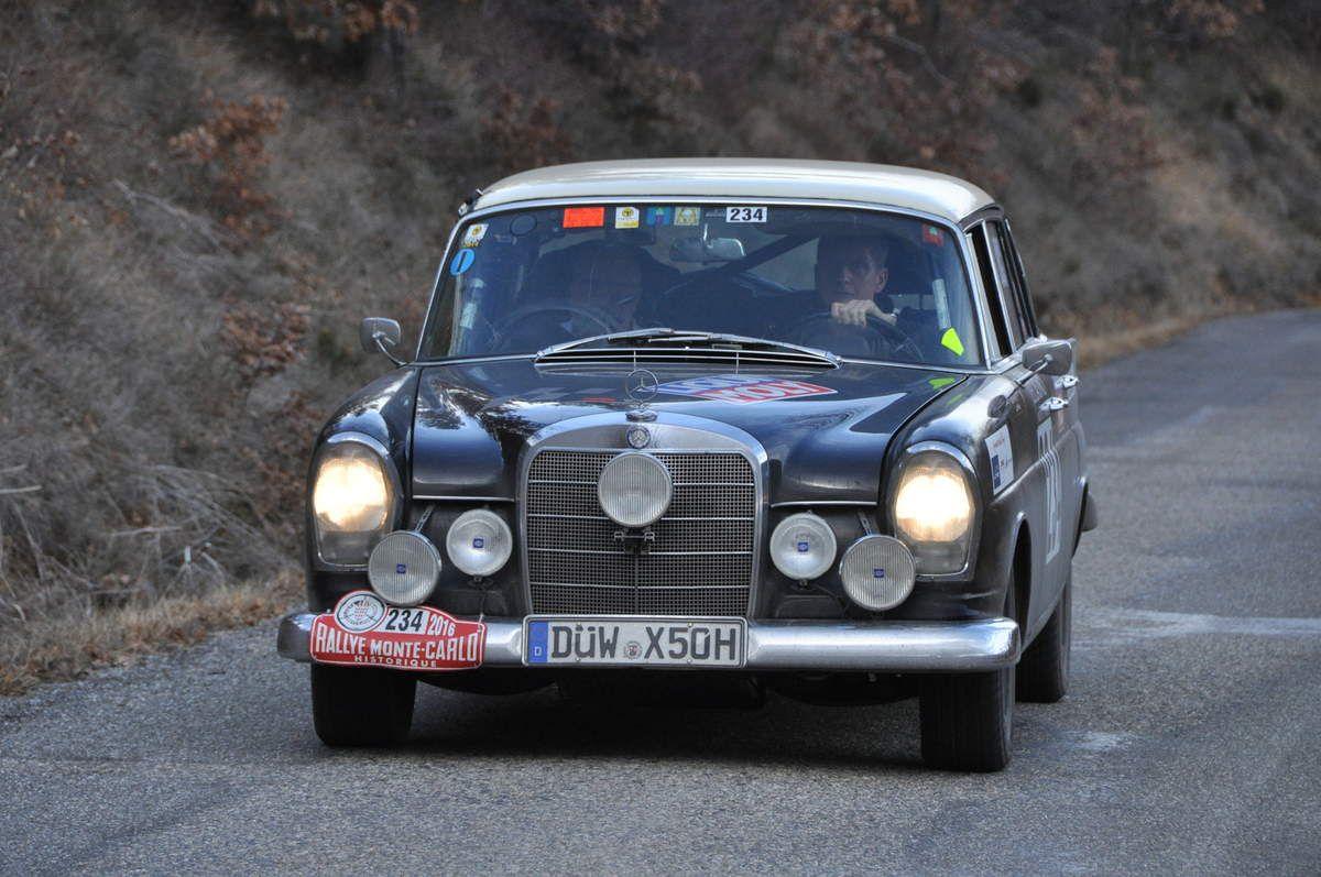 Kurt Pfeiffer(D)Horst Muller(D) Mercedes-Benz 300 SE 1965 (188ième)