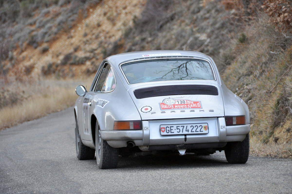 Georges Sturdza(CH)/Jean-Noël Treilles(F) Porsche 911 T 2,4 1972 (43ièmes)