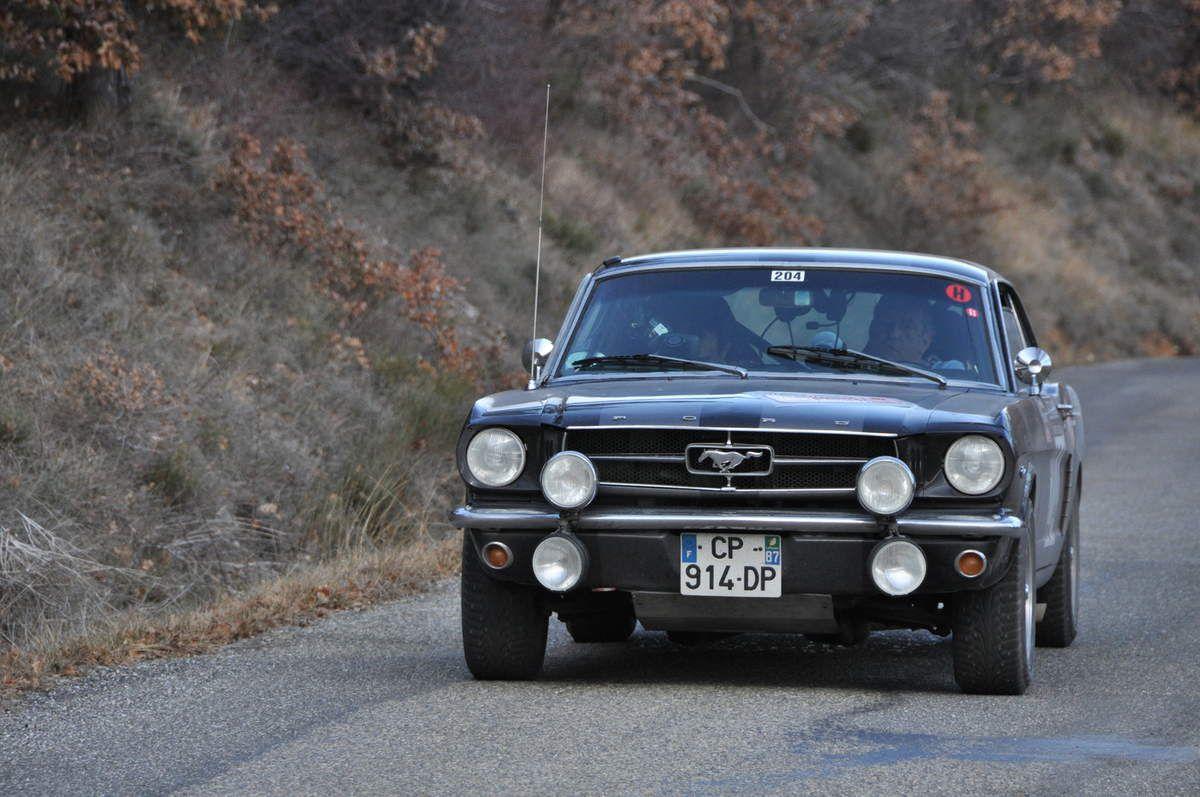 Pierre-Hervé Monièque(F)/David Rocher(F) Ford Mustang 1964 (200ième)