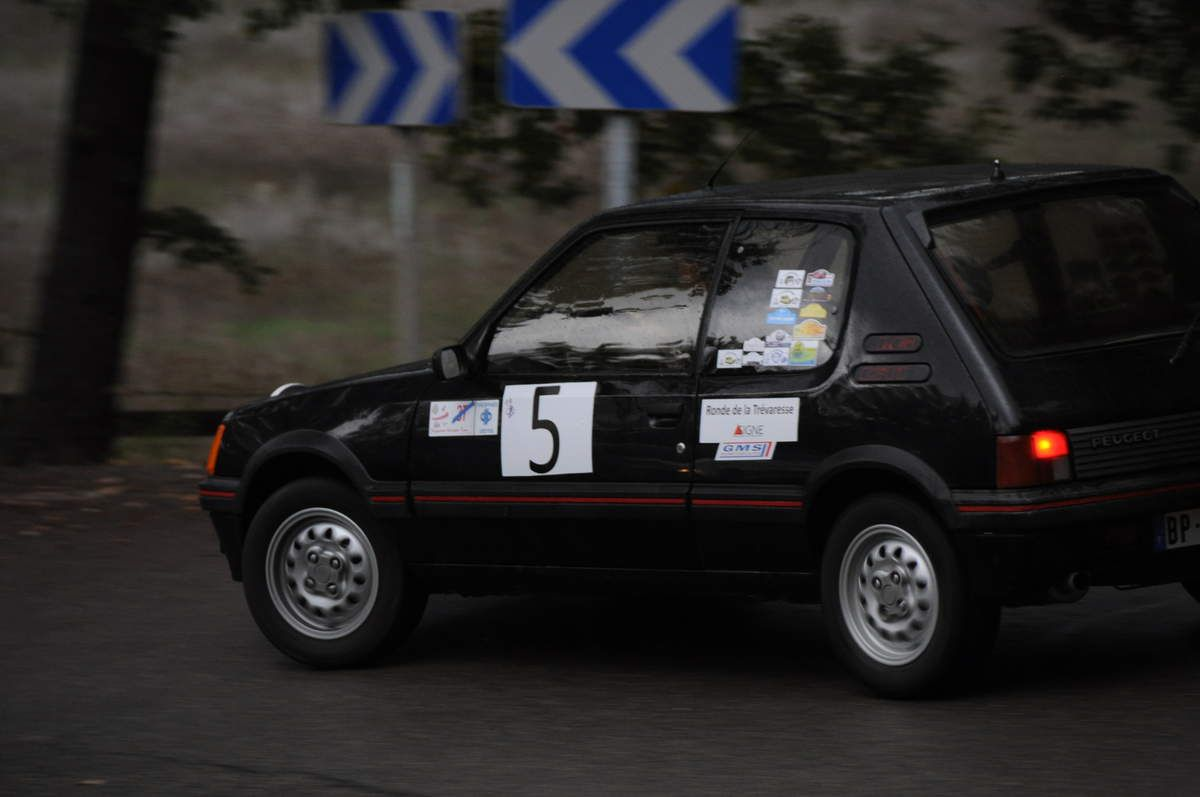 Peugeot 205 GTI 1986 ..... Photo : Rémi Saumont
