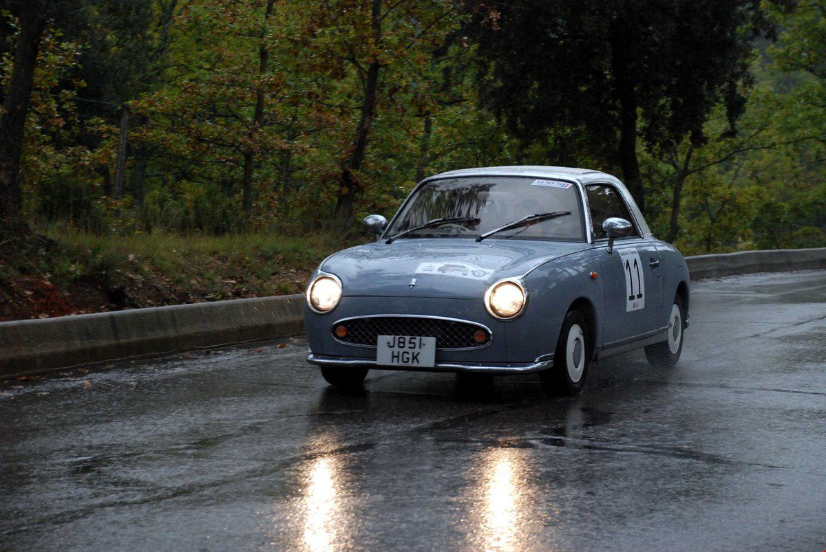 Nissan Figaro 1991 ..... Photo : Henri Cassini