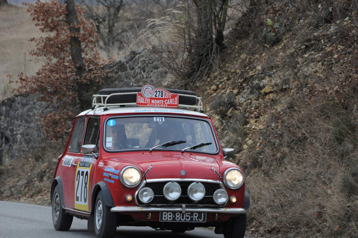 Jean-Paul Burnier(Fr)/Patrick Alibaux(Fr) Innocenti Mini Cooper 1300 1975 ..... Photo : R.S.