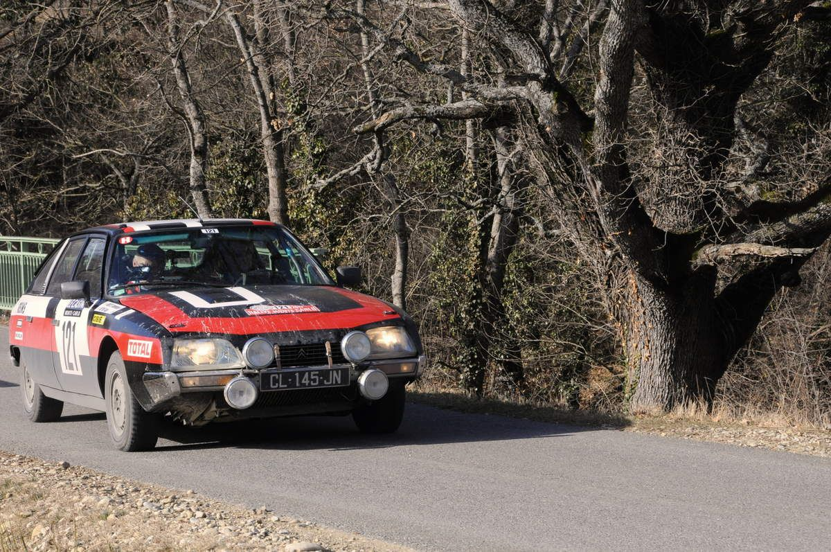 Alain Naime(F)/Dominique Moutel(F) Citroën CX 2400 GTI 1979 ..... Photo : R.S.