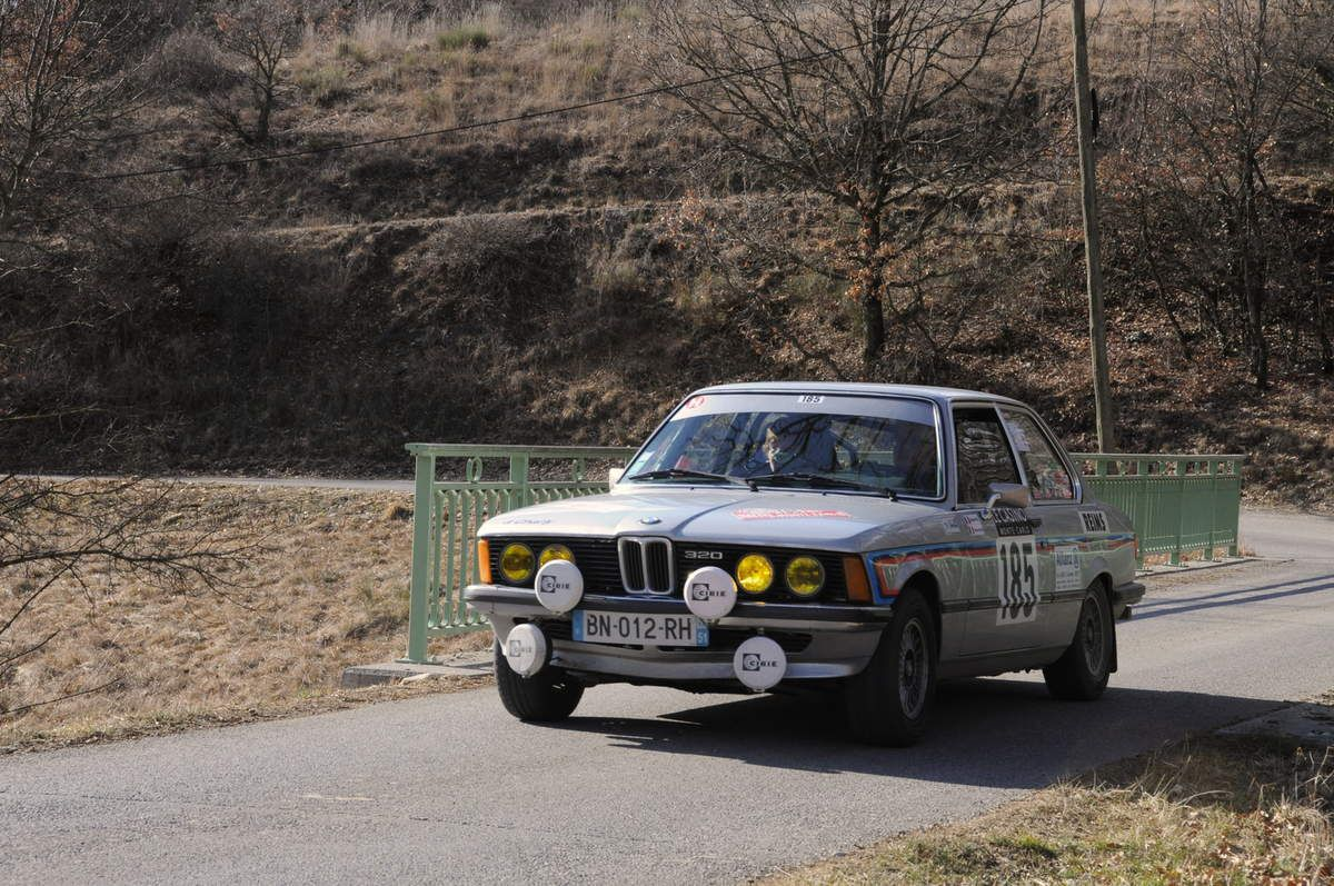 Michel et Hélène Riva(F) BMW 320 1978 ..... Photo : R.S.