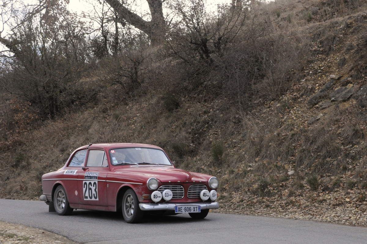 Jean-Pierre Rocle(F)/Max Chazot(F) Volvo 122 S 1967  .....  Photo : R.S.