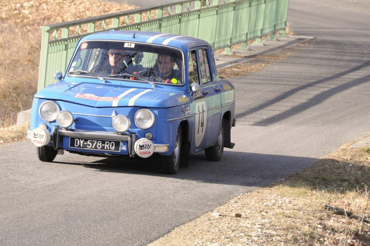 Guillaume Chancel(F)/François-Paul Forgeoux(F) Renault 8 Gordini 1255 1966 ..... Photo : R.S.